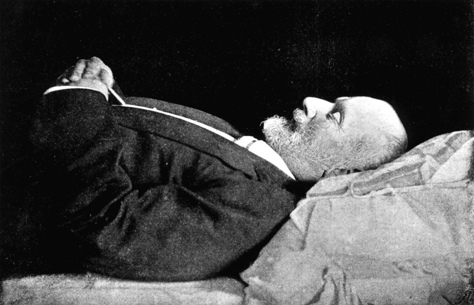 1893.11.06. Composer Tchaikovsky on his deathbed